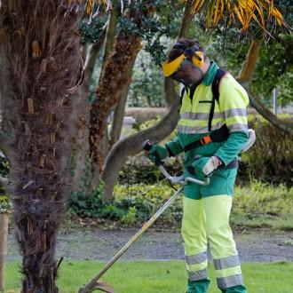Entretien espaces verts jardins ext rieur les gen ts for Entretien des espaces verts